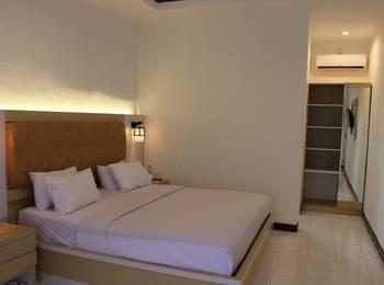 Pesona Bay Sea View Hotel Bangka - Deluxe King Bed Regular Plan