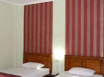 Global Inn Syariah Surabaya - Standard Room Reguler plan