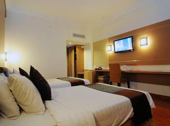 Grand Inna Tunjungan - Superior Room Only Twin Bed Last Minute Promotion
