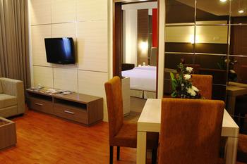 Grand Inna Tunjungan Surabaya -  Suite Room With Breakfast Long Stay - Promotion
