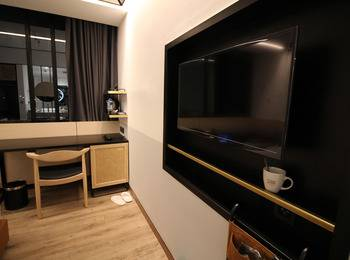 GAIA Cosmo Hotel Jogja - Deluxe Twin City View Room Only Regular Plan