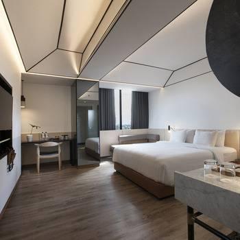 GAIA Cosmo Hotel Jogja - Corner Suite Regular Plan