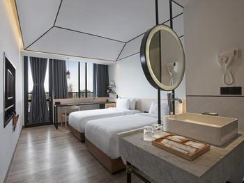 GAIA Cosmo Hotel Jogja - Studio Room Twin Regular Plan