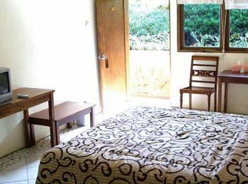 Hotel Augusta Valley Bandung - Super Deluxe Balkon Regular Plan