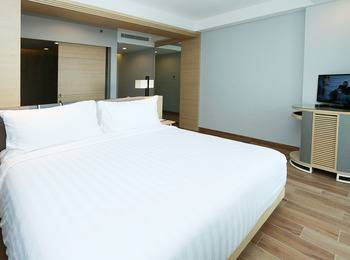 Santika Premiere Beach Resort Belitung Belitung - Executive King Room Offer  Last Minute Deal 2021
