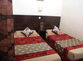 Cherry Red Hotel Medan - Standard B Regular Plan