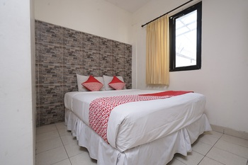 OYO 1699 Verona Residence Bandung - Standard Double Room Promotion