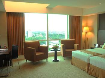 The Alana Surabaya Surabaya - Deluxe Twin Room Regular Plan