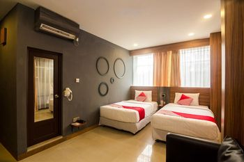OYO 1327 Avava Inn Batam - Suite Twin Regular Plan