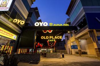 OYO 1327 Avava Inn