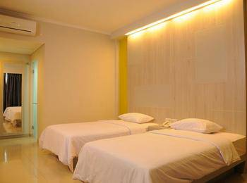 Dewanti Hotel Cirebon - Deluxe Room Twin - Room Only Regular Plan
