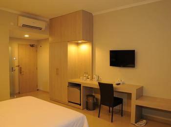 Dewanti Hotel Cirebon - Standard Room Regular Plan