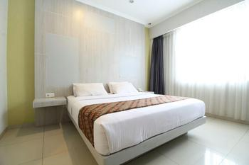 Dewanti Hotel Cirebon - Standard Double Room Regular Plan