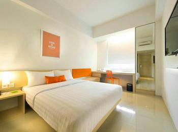 Zuri Express Mangga Dua - Express Double Room Only 3 Nights Minimum Stay