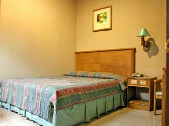 Le Aries Garden Boutique Hotel Bandung - Deluxe Queen Room Regular Plan