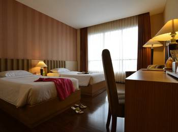 Hotel Istana Tulungagung - Superior Twin Room Regular Plan