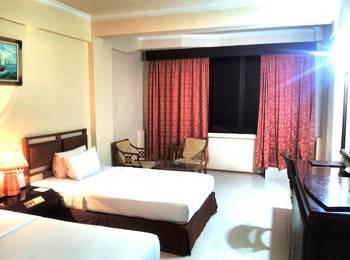 Hotel Merdeka Madiun - Deluxe Room Regular Plan