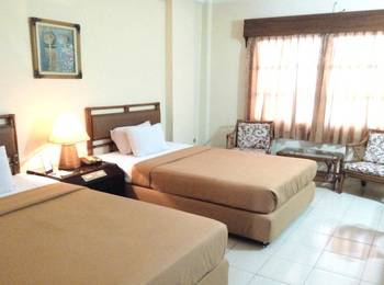 Hotel Merdeka Madiun - Superior Room Only Regular Plan