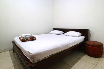 Sisca Guesthouse Jakarta - Family Room Last Minute Deal