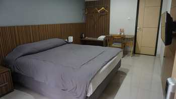 City Edge Guest House Sumedang - Standard Double Room Only Regular Plan