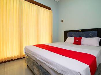 RedDoorz @Poppies Lane Two Bali - RedDoorz Room Regular Plan