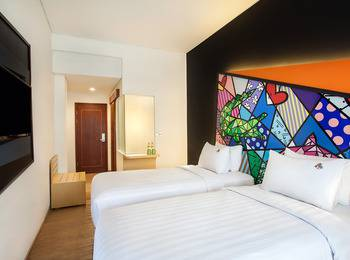 MaxOne Hotel Surabaya - Happiness Twin Bed Room Only 12feb-31Juli PROMO