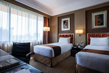 Hotel Ciputra Semarang - Deluxe Twin Simpang Lima View Room Only Regular Plan