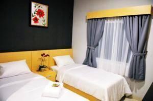 Safin Inn Hotel Jakarta - Deluxe Twin Room Only Regular Plan