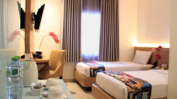 Picasso Inn Jakarta - Deluxe Twin Room Only Regular Plan