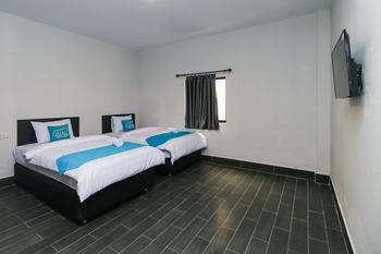 Airy Panam HR Soebrantas KM 8.5 Pekanbaru Pekanbaru - Superior Twin Room with Breakfast Regular Plan