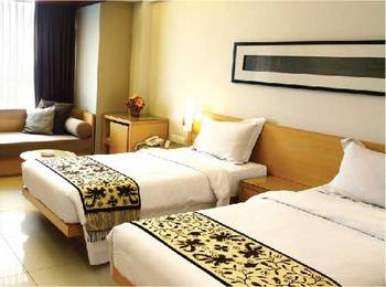 Hotel Mitra Bandung - Grand Deluxe Room With Breakfast Regular Plan