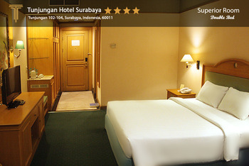 Hotel Tunjungan Surabaya - Superior King Room Only  OStay 2D Promo