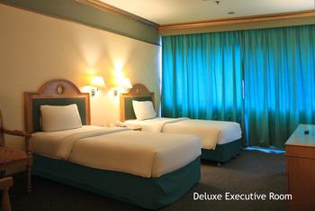 Hotel Tunjungan Surabaya - Deluxe Twin 2 D Promo