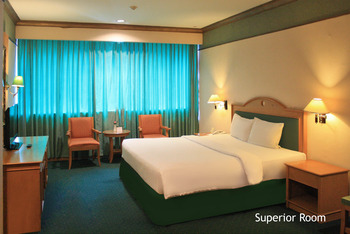Hotel Tunjungan Surabaya - Superior Room Only  OStay 2D Promo