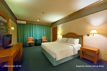 Hotel Tunjungan Surabaya - Superior Room Only  OStay Spr RO Promo 66%