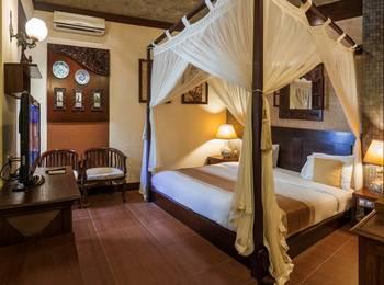 Dhanesvara Homestay Surabaya - Deluxe Room Regular Plan