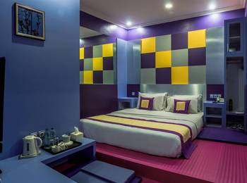 Dhanesvara Homestay Surabaya - Standard Room Regular Plan