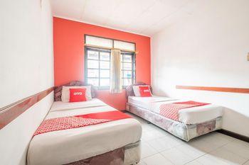 OYO 1945 Hotel Bali Near RS Muhammadiyah Bandung - Standard Twin Room Regular Plan