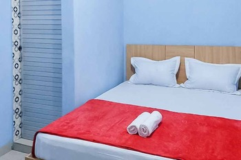 Gurusinga Guesthouse Medan - SALE Room KETUPAT