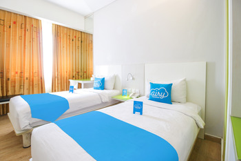 Airy Sirimau Cendrawasih 20A Ambon Ambon - Superior Twin Room with Breakfast Special Promo 5