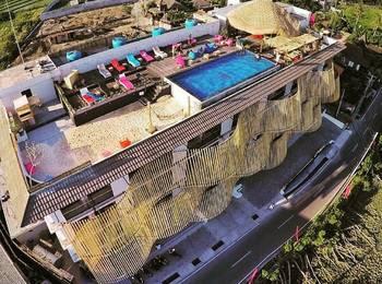 Koa D Surfer Hotel