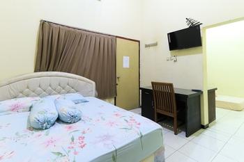 Graha 18 Surabaya - Family Room Stay Longer Promotion
