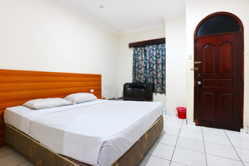 Lee Garden Hotel Medan - Cottage Stay More, Pay Less