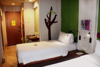 MaxOne Hotel Sabang - Max Happiness Twin - Room Only (Smoking) Regular Plan