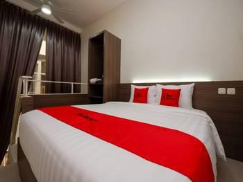 RedDoorz Plus near Paragon Mall Semarang Semarang - RedDoorz Room BD