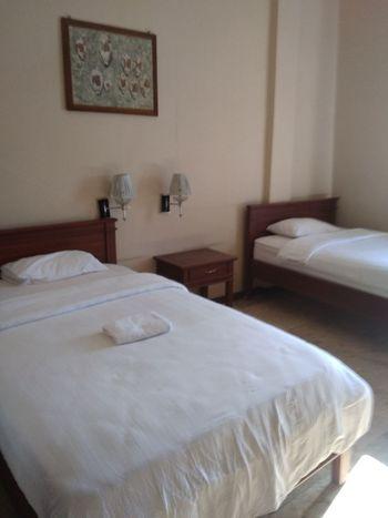 Puri Gajah Dompak Kupang - Standard Twin Room Only Regular Plan