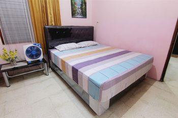 Batik Trinidar Homestay Yogyakarta - Family Room Stay Longer Promotion