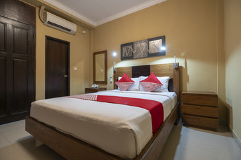 OYO 612 Dante Guesthouse Bali - Deluxe Double Regular Plan
