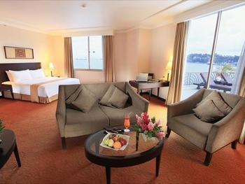 Swiss-Belhotel Papua Jayapura Jayapura - Executive Suite Balcony - Room Only Regular Plan