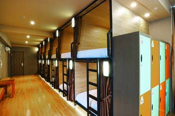 VK Pods Bandung - Double Female Pods Last Minute Booking